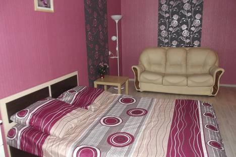 Сдается 1-комнатная квартира посуточно в Магнитогорске, проспект Ленина, 116.