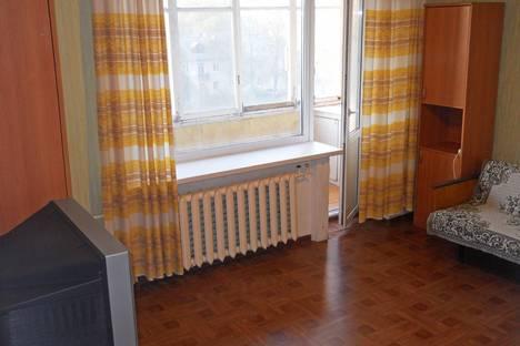 Сдается 1-комнатная квартира посуточно в Новомосковске, ул. Мира, 15А.
