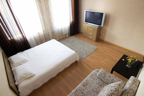 Сдается 1-комнатная квартира посуточно в Казани, Нигматуллина, 11/84.