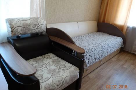 Сдается 1-комнатная квартира посуточно в Тулуне, Угольщиков, 14.