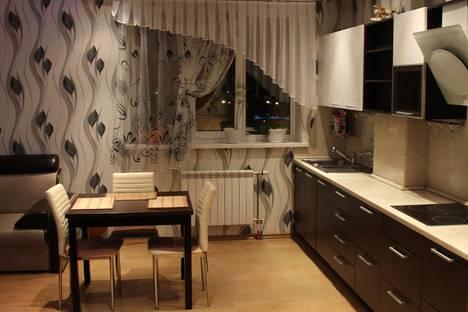 Сдается 4-комнатная квартира посуточнов Ханты-Мансийске, ул. Студенческая, 20.
