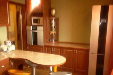 Сдается 2-комнатная квартира посуточно в Борисполе, ул. Мичурина, 2а.