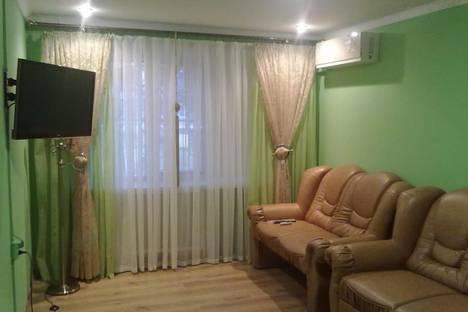 Сдается 2-комнатная квартира посуточно в Прилуках, ул.Садова 107Б.