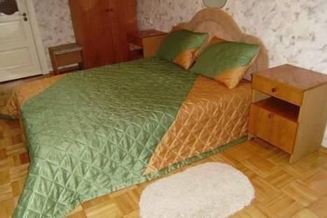 Сдается 2-комнатная квартира посуточно в Нежине, Б. Хмельницкого, 18.