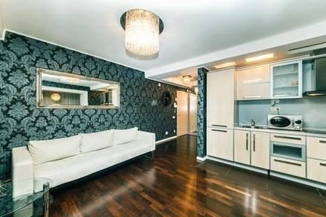 Сдается 2-комнатная квартира посуточно, ул. Красноармейская, 45.