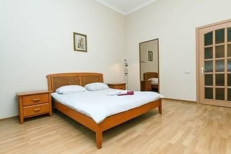 Сдается 2-комнатная квартира посуточно в Киеве, ул. Горького, 39.