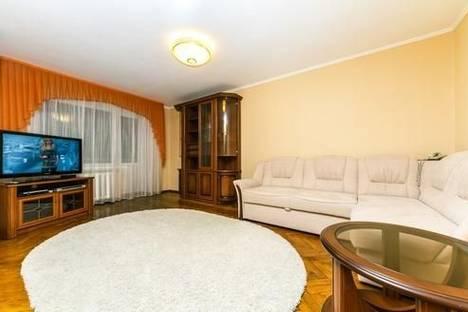 Сдается 2-комнатная квартира посуточно в Киеве, ул. Шелковичная, 46/48.