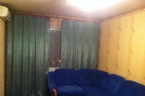 Сдается 2-комнатная квартира посуточнов Новой Каховке, Довженко, 13.