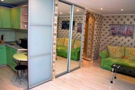 Сдается 2-комнатная квартира посуточнов Новомосковске, Набережная В.И. Ленина, 14.