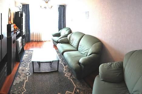 Сдается 2-комнатная квартира посуточно в Харькове, ул.Героев Труда, 19.