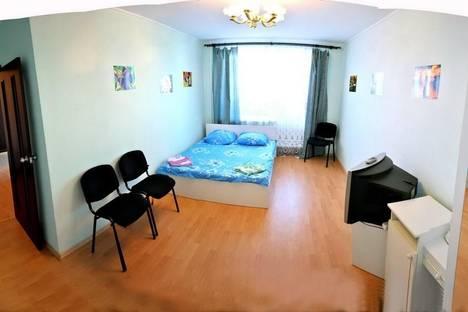 Сдается 2-комнатная квартира посуточно в Харькове, Блюхера,  21.