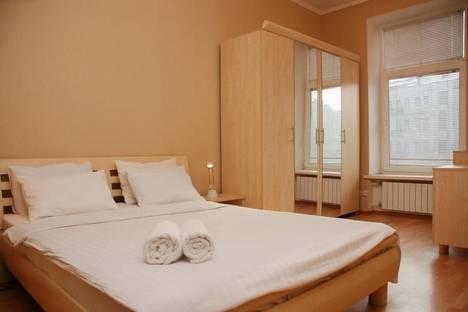 Сдается 3-комнатная квартира посуточно в Киеве, ул. Бассейная, 13.