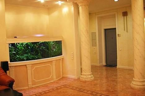 Сдается 3-комнатная квартира посуточно в Киеве, ул. Шота Руставели, 20.