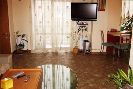 Сдается 3-комнатная квартира посуточно в Киеве, ул. Крещатик, 23.