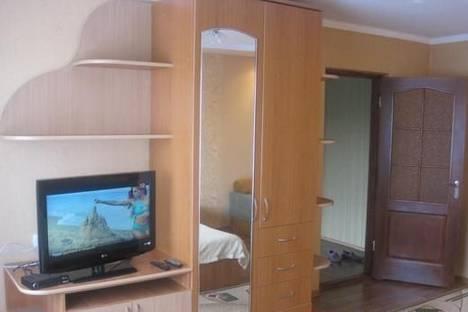 Сдается 1-комнатная квартира посуточно в Хмельнике, ул. Ленина, 19.