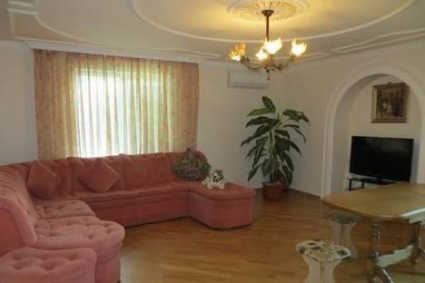 Сдается 3-комнатная квартира посуточно в Партените, Солнечная, 14 .видовая.
