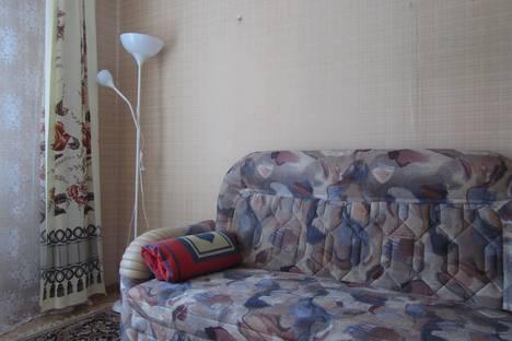 Сдается 2-комнатная квартира посуточнов Новокуйбышевске, Ново-Вокзальный  тупик 10.