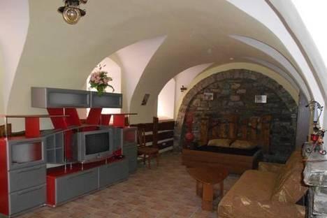Сдается 1-комнатная квартира посуточно в Каменце-Подольском, ул. Зарванская, 5.