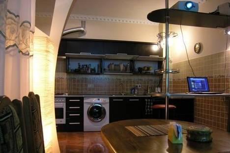 Сдается 2-комнатная квартира посуточно в Ровно, ул. Буковинская, 3.