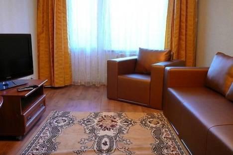 Сдается 2-комнатная квартира посуточно в Киеве, ул. Мишуги, 3.
