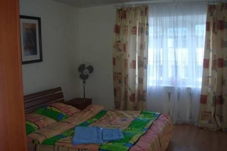 Сдается 2-комнатная квартира посуточно в Киеве, ул. Кловский спуск, 12а.