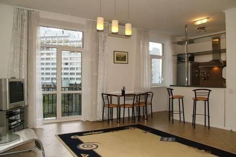Сдается 2-комнатная квартира посуточно в Киеве, бул. Леси Украинки, 8.