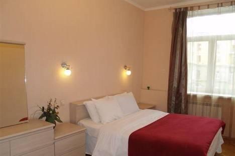 Сдается 2-комнатная квартира посуточно в Киеве, ул. Лысенко, 8.
