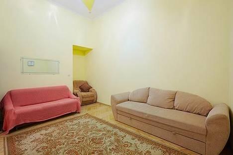 Сдается 2-комнатная квартира посуточно в Львове, ул. Краковская, 26.