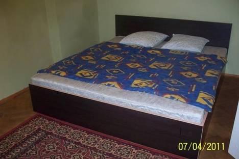 Сдается 2-комнатная квартира посуточно в Львове, ул. Князя Романа, 28.