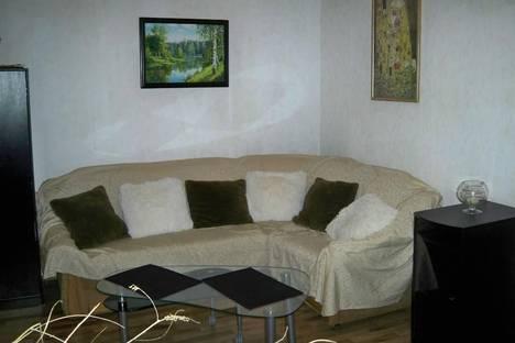 Сдается 2-комнатная квартира посуточно в Киеве, ул. Софиевская, 16.