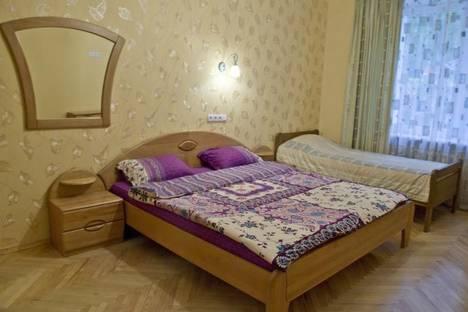 Сдается 3-комнатная квартира посуточнов Борисполе, ул. Киквидзе, 4.