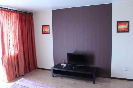 Сдается 1-комнатная квартира посуточно в Миассе, ул. Богдана Хмельницкого, 72.