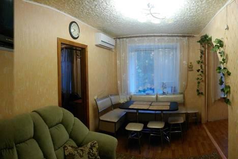 Сдается 1-комнатная квартира посуточнов Бузулуке, 1 микрорайон, 16.