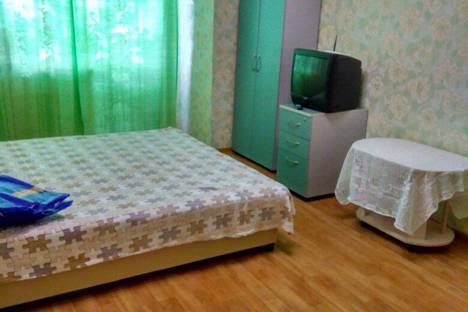 Сдается 1-комнатная квартира посуточно в Петрозаводске, ул. Калинина, 25.