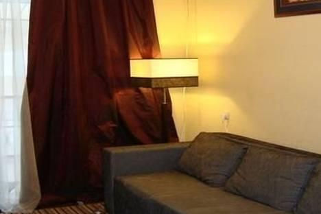 Сдается 2-комнатная квартира посуточно в Киеве, ул. Cтрелецкая, д. 28.