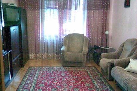 Сдается 2-комнатная квартира посуточно в Киеве, ул.Владимирская, 37.