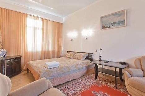 Сдается 1-комнатная квартира посуточно в Киеве, ул. Софиевская, 1.