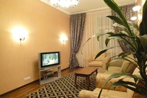 Сдается 2-комнатная квартира посуточно в Киеве, ул. Михайловская, 24-А.