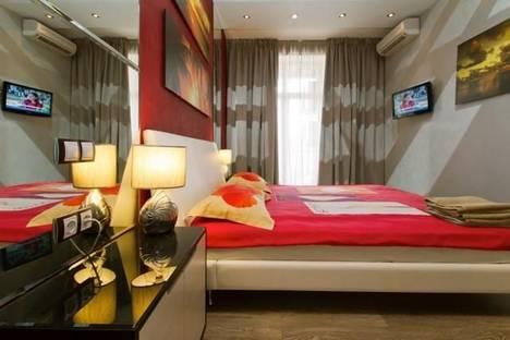 Сдается 2-комнатная квартира посуточно в Киеве, ул. Бориса Гринченко, 2.