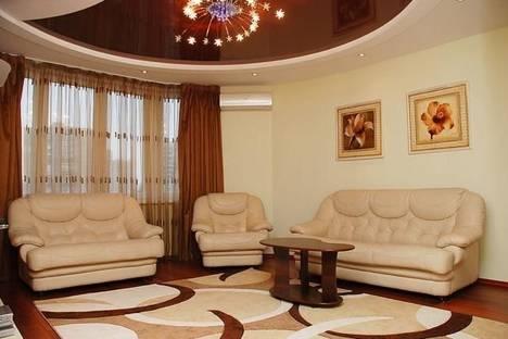 Сдается 2-комнатная квартира посуточнов Борисполе, ул. Луначарского, 10.