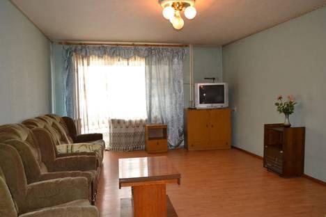 Сдается 2-комнатная квартира посуточно в Тамбове, ул. Куйбышева, 12.