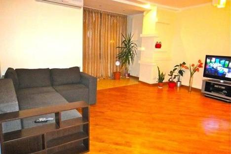 Сдается 3-комнатная квартира посуточно в Киеве, ул.Московская, 46/2.