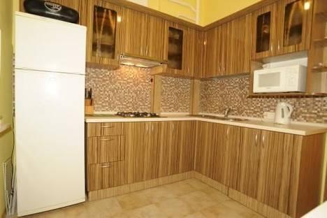 Сдается 2-комнатная квартира посуточно в Киеве, ул. Крещатик, 21.