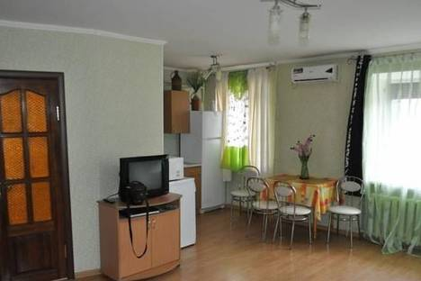 Сдается 2-комнатная квартира посуточно в Кременчуге, ул. Пролетарская, 2.
