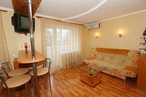 Сдается 1-комнатная квартира посуточно в Кременчуге, ул. Шевченко, 34/2.