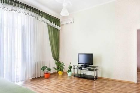 Сдается 2-комнатная квартира посуточно в Киеве, ул. Бассейная, 3.