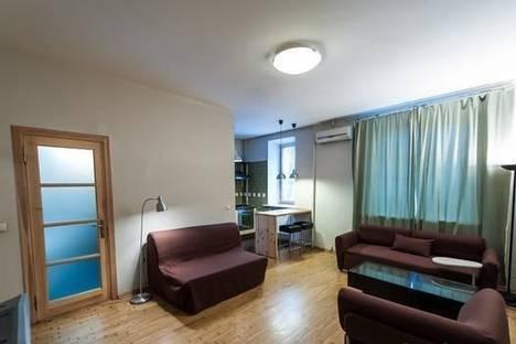 Сдается 2-комнатная квартира посуточно в Киеве, ул. Прорезная, 13.