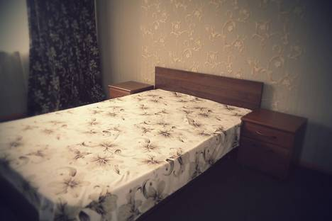 Сдается 1-комнатная квартира посуточно в Алматы, микрорайон Аксай-3, 23.