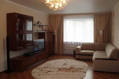Сдается 1-комнатная квартира посуточнов Саранске, Коммунистическая 15.