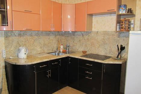 Сдается 3-комнатная квартира посуточно в Люберцах, Преображенская, дом 13.